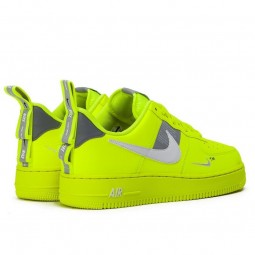 nike air force 1 utility jaune fluo