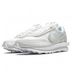 Nike Sacai LD Waffle White--BV0073-101-Limited Resell