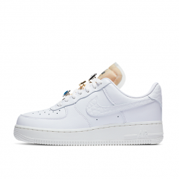 Nike Air Force 1 Low '07 LX...